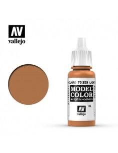 MODEL Color Light Brown